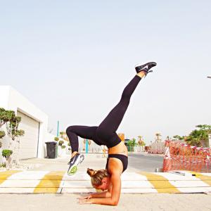jessica olie yoga instagram