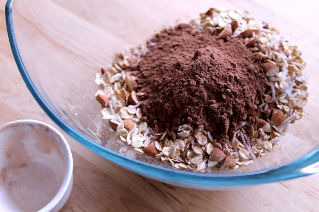 choc-crunch-granola-1