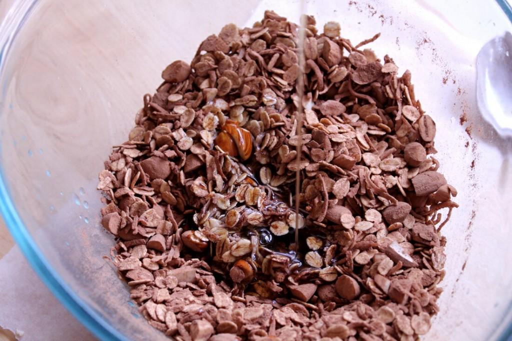 choc-crunch-granola-2