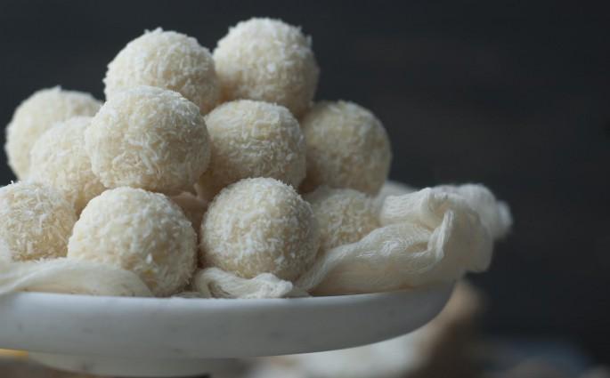 raw honey lemon truffles