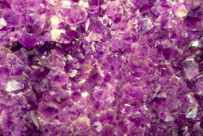 How Crystals Help You Live Life To The Fullest