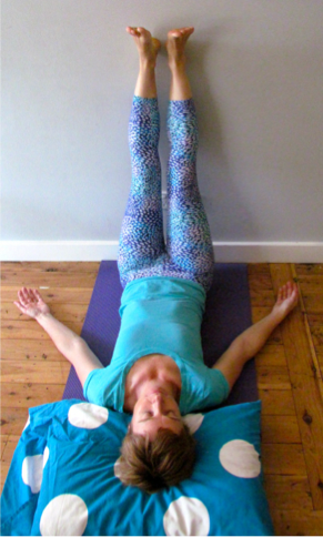 a bedtime yoga sequence to help you sleep
