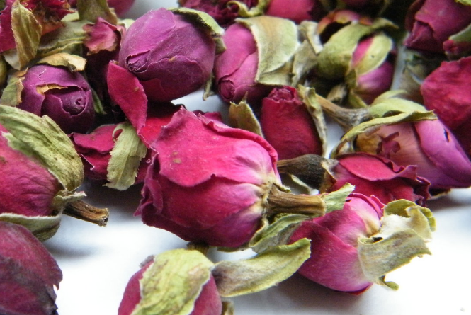 rose essential oil for meditation