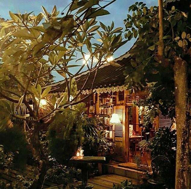 warung dandelion best restaurants canggu